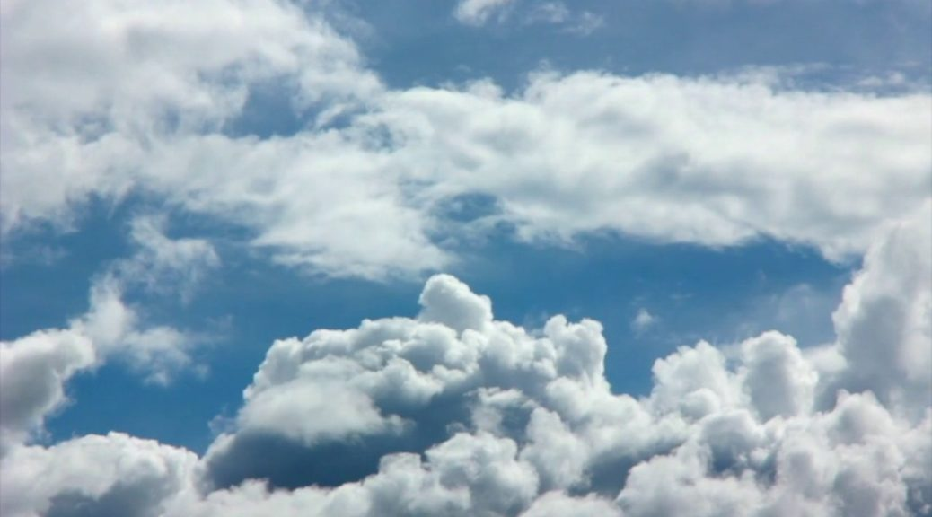 Загадки про хмари на українській мові для дітей